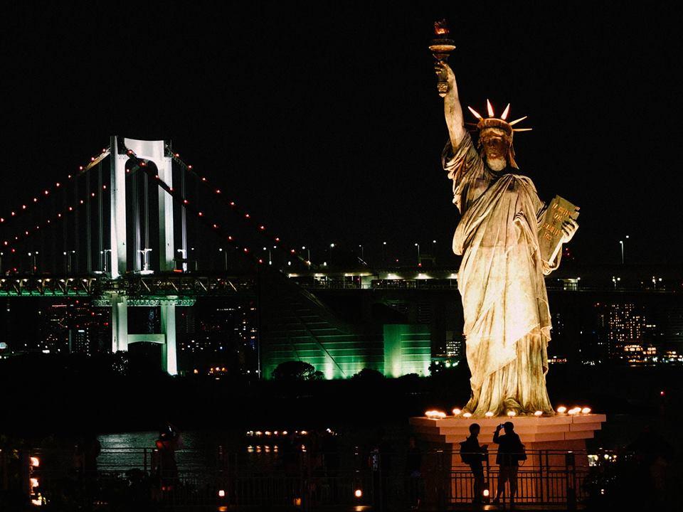 Odaiba โอไดบะ เมืองวิทยาศาสตร์ เทพีสันติภาพ ชิงช้าสวรรค์ และโตเกียวยามค่ำคืน