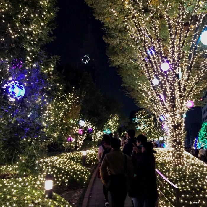 บรรยากาบรรยากาศแต่งไฟในโตเกียวบรรยากาศแต่งไฟในโตเกียวศแต่งไฟในโตเกียว